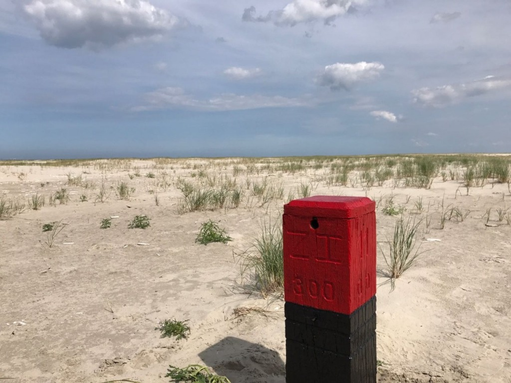 Paal 11 strand Schiermonnikoog