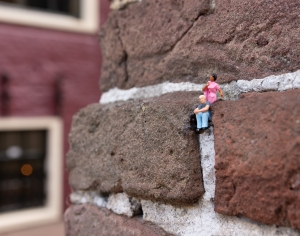 In Leeuwarden you can find many impressive, cool, nice and beautiful things. One of the most unique things you can find here are the miniature people of Leeuwarden
