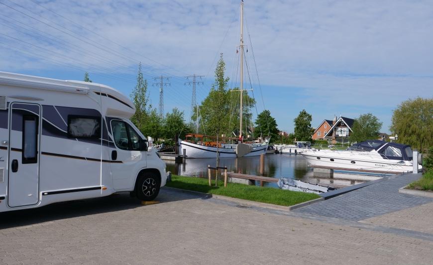 Uitzicht Camperplaats Leeuwarden Friesland